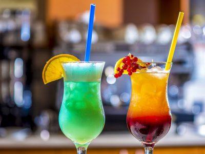 Отель Дуна Пакш –бар для проведения мероприятий