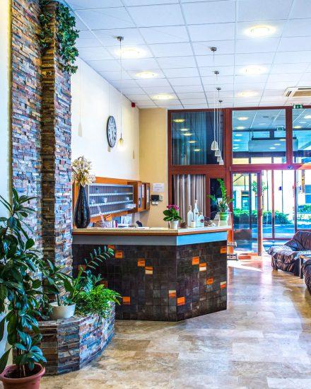 Duna Hotel Paks recepció